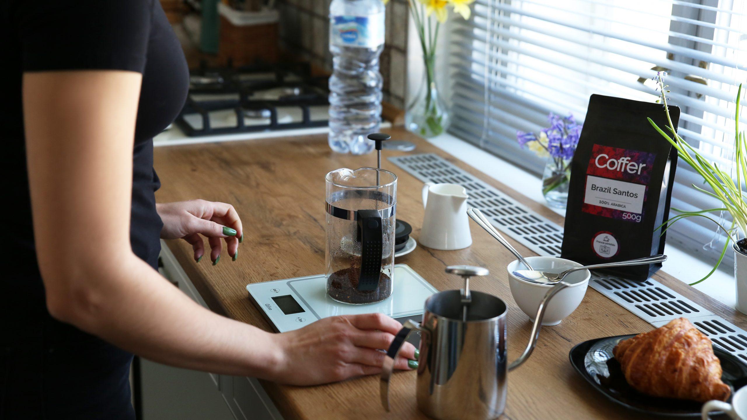Előmelegítés és kávé őrlés
