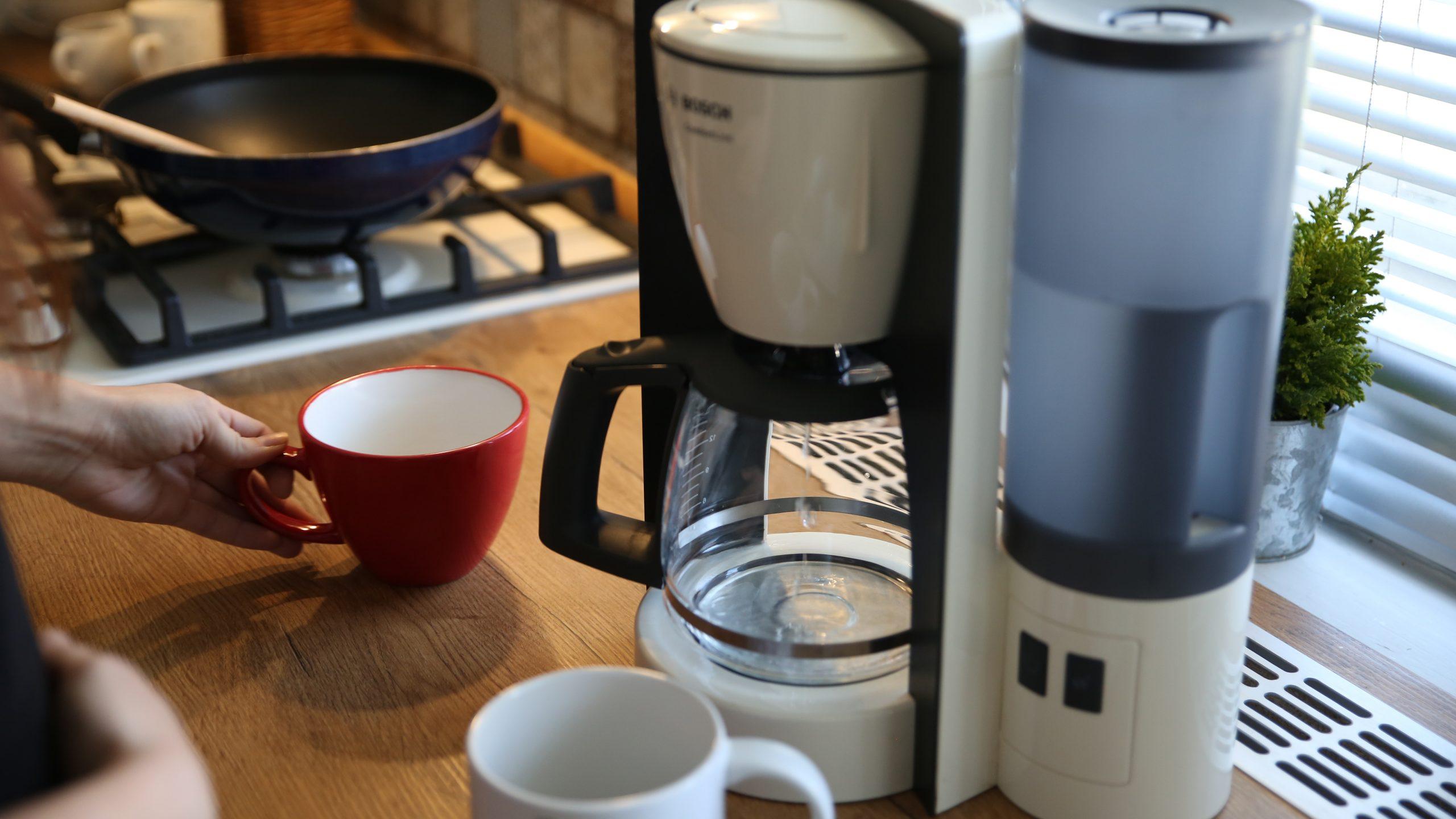 Előmelegítés és kávéőrlés